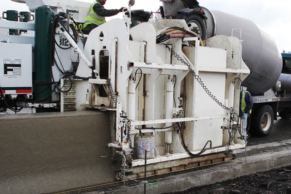 M 8100 Slipform Paving Machine Miller Formless Company