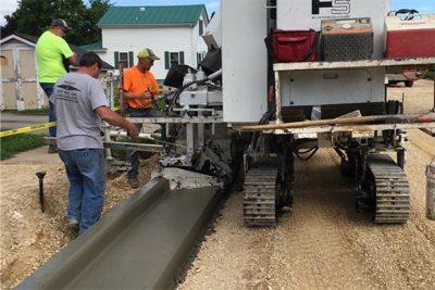 M-1000 Left Hand Concrete Curb Pour